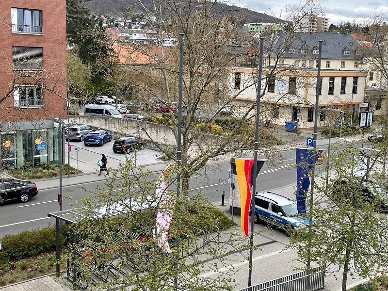 Halbmastbeflaggung in Hofheim