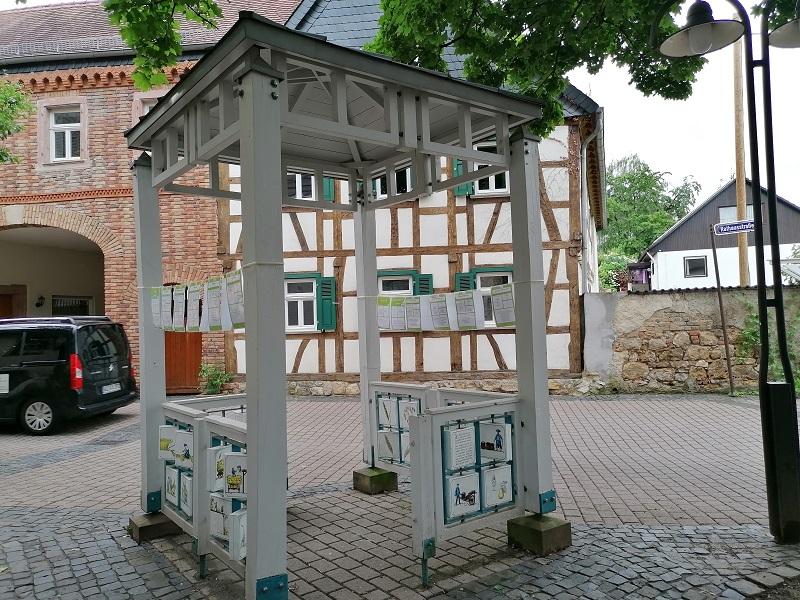 Begehbares Kochbuch in Wallau