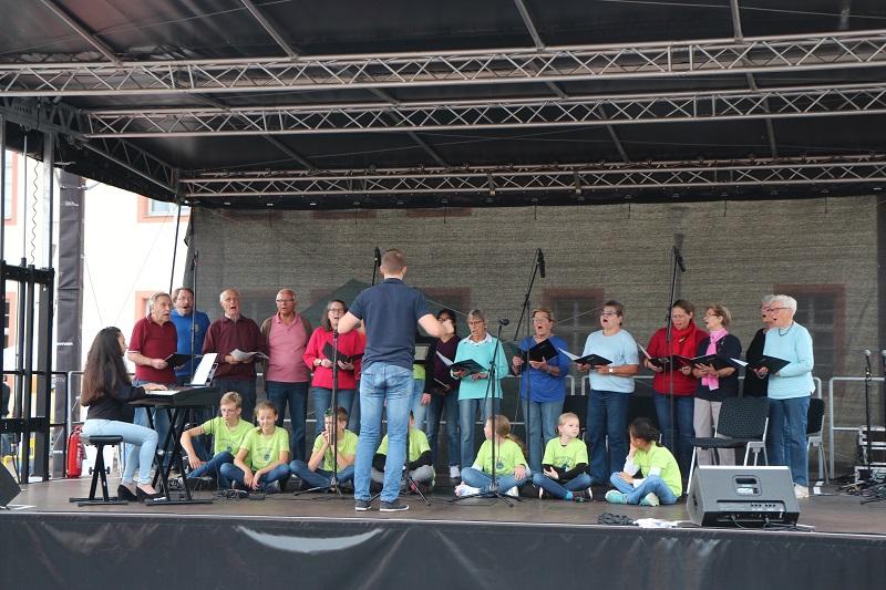 Der Wallauer Gesangsverein endlich wieder auf den Bühne.